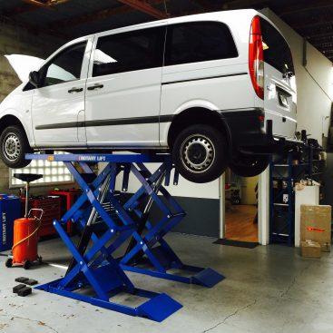 Mercedes Van Service